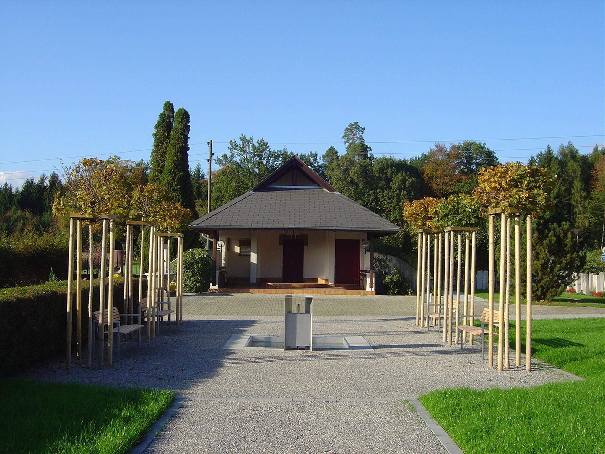 portrait_schnottwil2004friedhofanlage_2