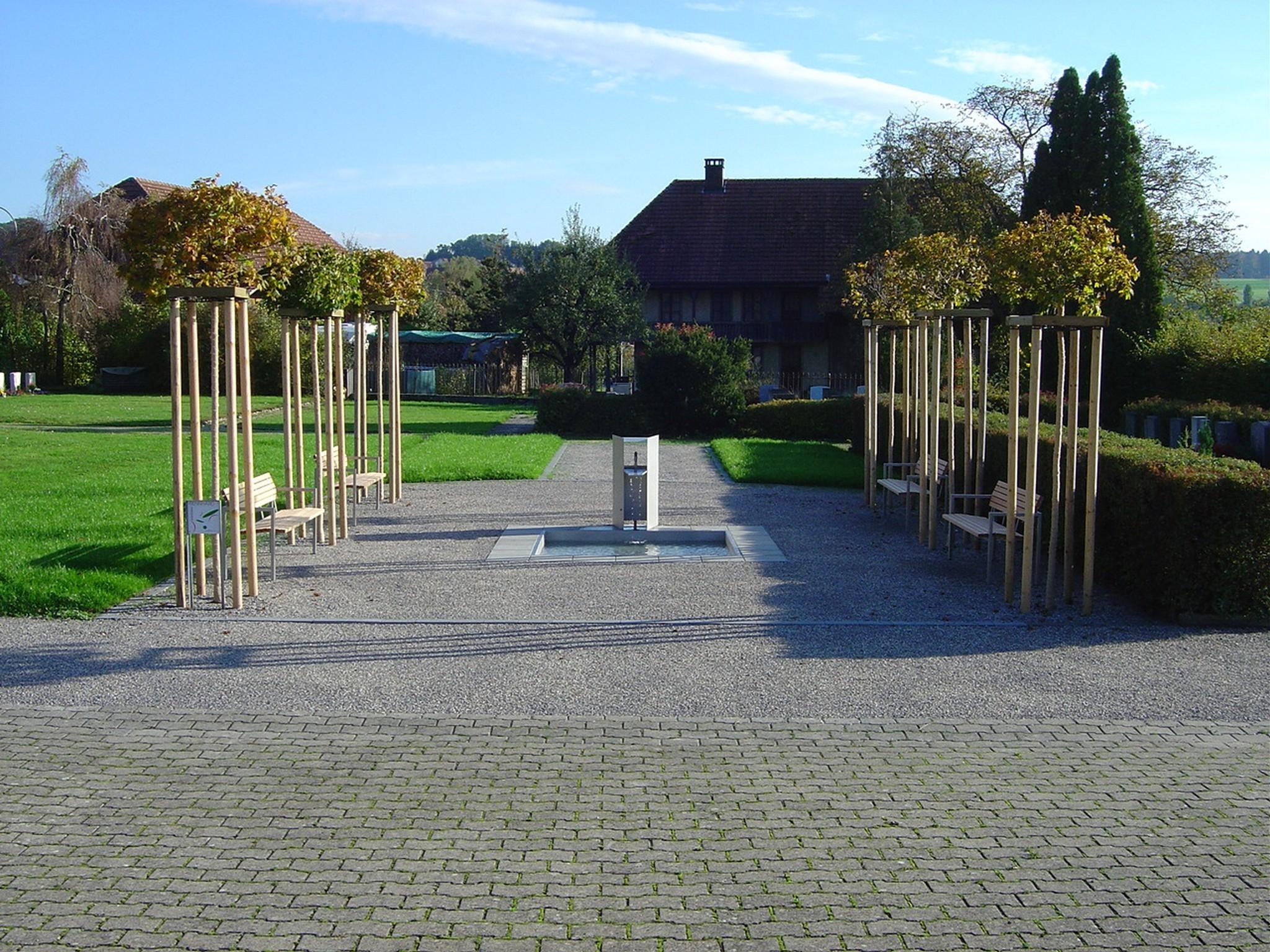 portrait_schnottwil2004friedhofanlage_6